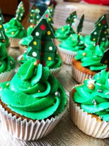 Christmas edition- Vanilla cupcakes