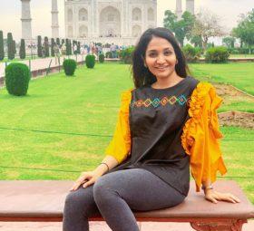 I N D I A trotting- Agra, Mumbai & Bangalore